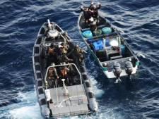 Marineschip onderschept bijna 500 kilo coke op bootje voor de kust van Aruba