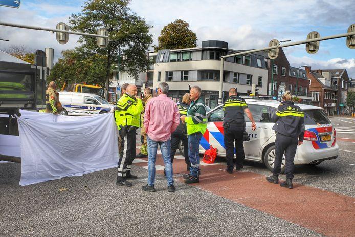 Het fatale ongeval vond plaats op de kruising van de Amersfoortseweg en de Dorpsstraat in Doorn.