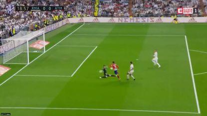 Geen goals in Madrileense clash, onder meer dankzij onorthodoxe redding Courtois