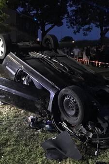 Wilde inhaalmanoeuvres op dijk: twee racers zwaargewond geraakt