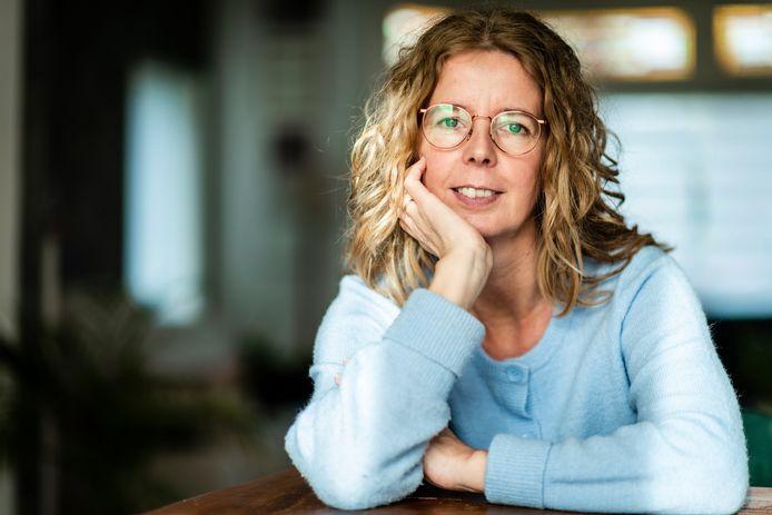 Thea van Bodegraven heeft een boek geschreven over hoe om te gaan met mensen met een angst- of dwangstoornis