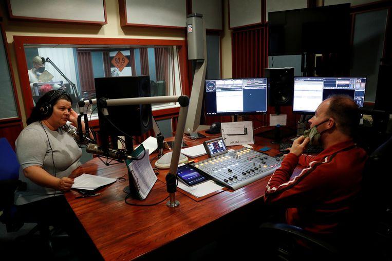 Een Klubrádió-studio in Boedapest op 9 februari. Sinds 14 februari is de zender alleen nog online te beluisteren. Beeld Bernadett Szabo / Reuters