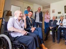 Oudste inwoner Houten wordt 106: 'Tot zijn 90ste werkte hij nog'
