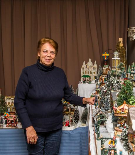 Tiny doet haar complete collectie kersthuisjes van de hand: opbouwen kost een week
