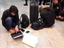 Gedupeerde reizigers Eindhoven Airport: 'Dit wordt niks meer'