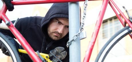 E-bikes worden vaker gestolen in Twente: 'Zorg voor een tweede slot en een track & trace'