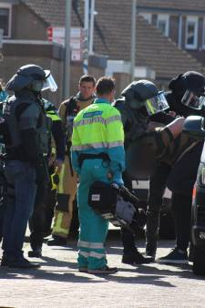 Arrestatieteam haalt verwarde man uit Poeldijkse woning