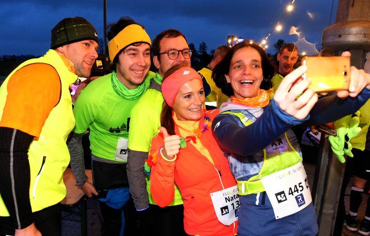 Tweede Fluo Fun Run: voor de start nog even samen op de foto