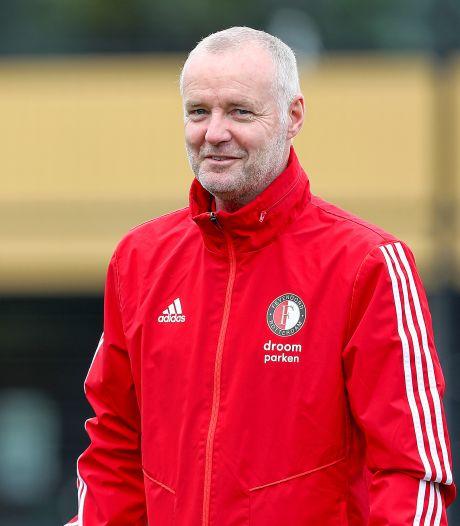 Rini Coolen moet bij Feyenoord 'jeugdopleiding en eerste elftal beter op elkaar laten aansluiten'