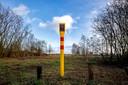 Haaren, 4 februari 2021 Plek van de oliediefstal bij kasteel Nemelaer. De palen laten zien dat hier de betreffend oliepijpleiding loopt van Rotterdam naar het Ruhrgebied.