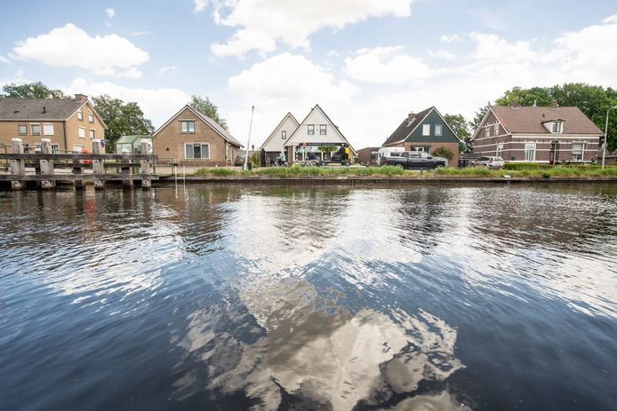 Na lang soebatten besluiten de Provinciale Staten vandaag over een schaderegeling voor gedupeerden langs het kanaal  Almelo-De Haandrik.