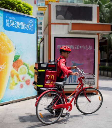 Fastfoodgigant McDonald's gaat eindelijk bezorgen