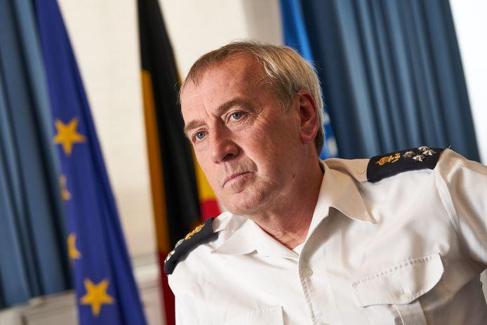 De Chef Defensie, admiraal Michel Hofman.