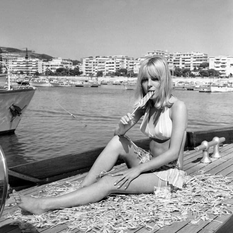 De Franse zangeres France Gall in 1966 in Cannes. Beeld afp