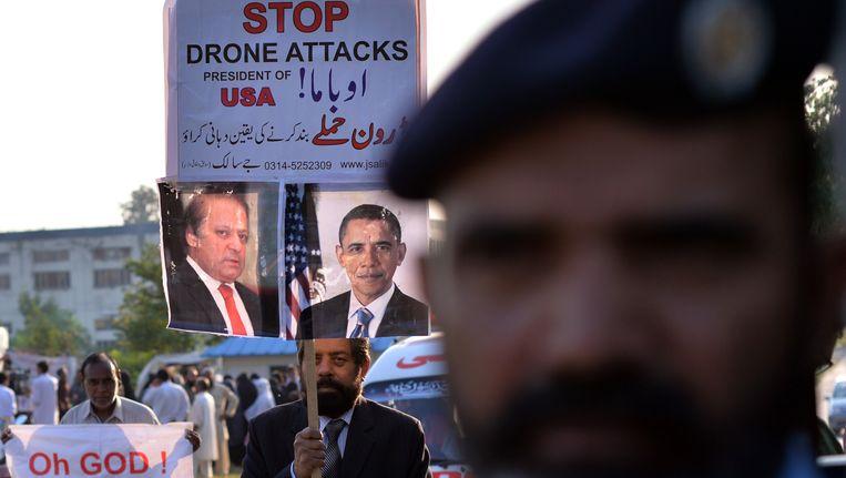 Een protest maandag in het Pakistaanse Islamabad tegen de aanhoudende droneaanvallen van de VS. Beeld AFP