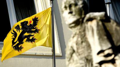 """Verschillende Vlaamse vlaggen gestolen in Pamel: """"Dit is de wereld op zijn kop"""""""