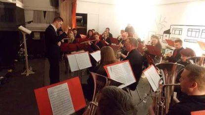Koninklijke Harmonie Eendracht Maakt Macht brengt Zoersel in muzikale vervoering