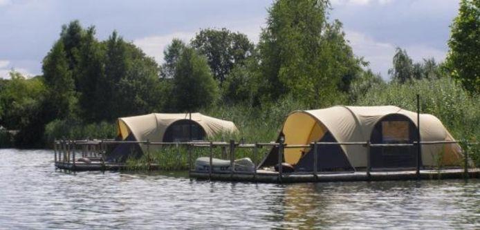 Nachtvissers verdienen toestemming 'wildkamperen' | Overig