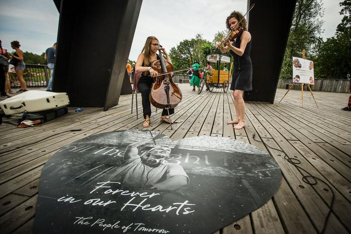 Avicii krijgt eigen plaque op Tomorrowland.