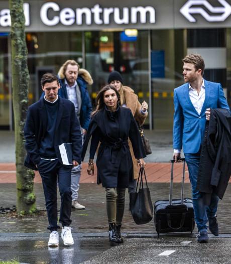 Rossana Kluivert breekt in rechtbank, zoon Nino: 'Opgelicht?! schildert mijn moeder af als misdadiger'
