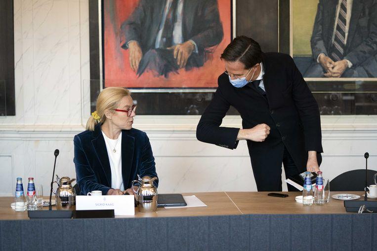 Sigrid Kaag (D66) en Mark Rutte (VVD) tijdens een bijeenkomst met Tweede Kamervoorzitter Khadija Arib. Beeld ANP