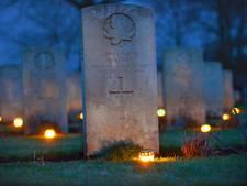 Weer kaarsjes op Canadese Begraafplaats op kerstavond