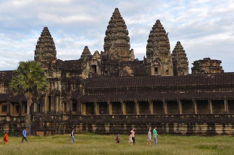 Toeristen aan de tempel van Angkor Wat. Beeld AFP