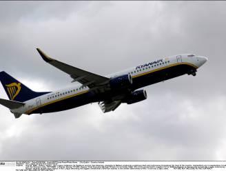Toestel Ryanair vliegt zogezegd veilig door aswolk