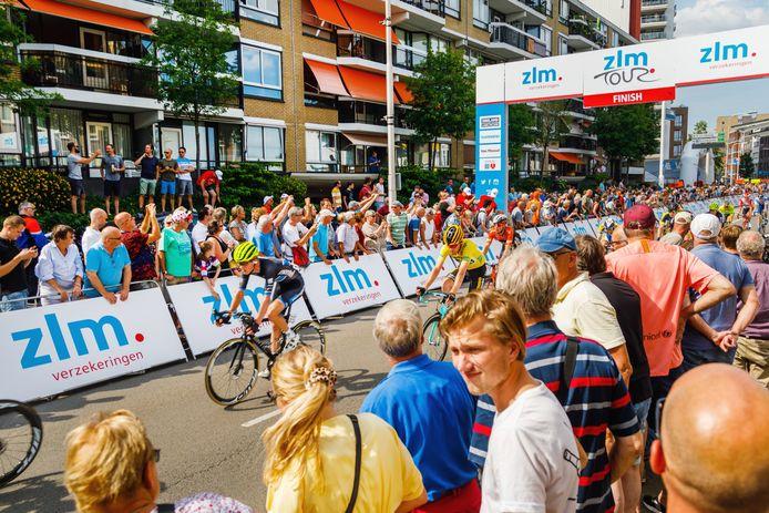 Tilburg - 20190623 - De voorlopig laatste ZLM Tour finishte op 23 juni 2019 in het centrum van Tilburg.