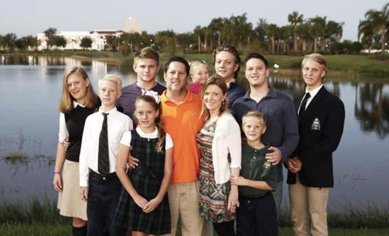 Het gezin van Chelsea en Scott Allan in Ave Maria, Florida, midden in de Everglades. Beeld null