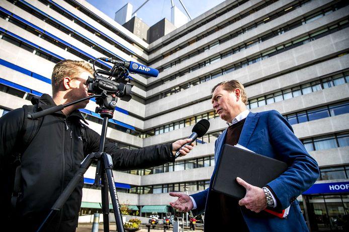Minister Bruno Bruins (Medische Zorg) na afloop van een gesprek bij het Slotervaart Ziekenhuis over het faillissement. ANP REMKO DE WAAL