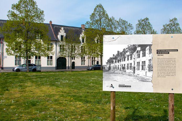 Paneel aan het begijnhof te Aarschot.