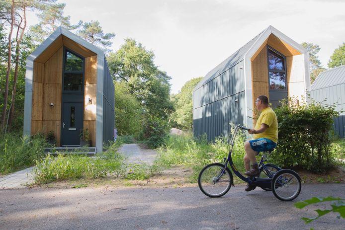 Kleine huisjes, zoals deze op het terrein van de Binckhorst in Rosmalen, komen in Wijbosch.