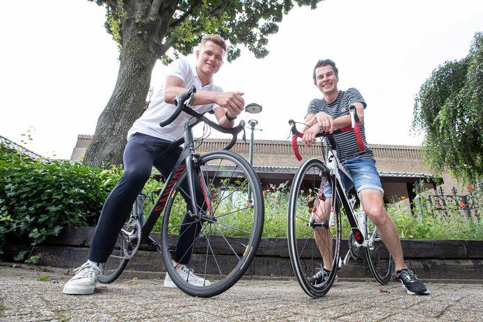 Sjoerd en Wessel Grobbink fietsen van Italië naar Nederland om geld op te halen voor het goede doel.