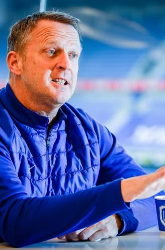 """John van den Brom: """"Anderlecht brengt je verder in het voetbal en in het leven. Ik ben trots dat ik er trainer was"""""""