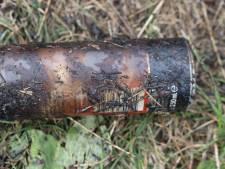 Vuurwerkverpakkingen bij bermbrand in Oirschot