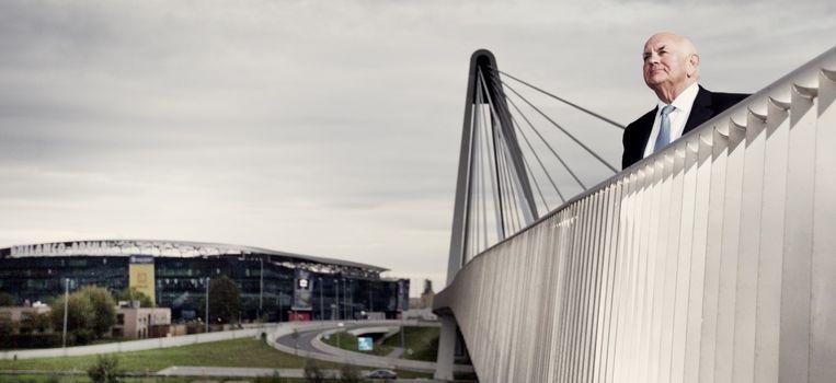Ivan De Witte voor de Ghelamco Arena, de nieuwe thuisbasis van AA Gent die hij liet optrekken: