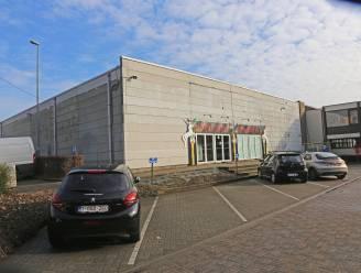 Inwoners uit Liedekerke en Affligem krijgen straks hun prikje in de Bellekouterhal: Burgemeester De Donder legt haarfijn uit hoe dat zal verlopen