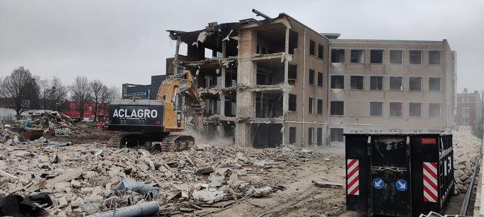 La démolition de la clinique Saint-Vincent, à Rocourt, a débuté.