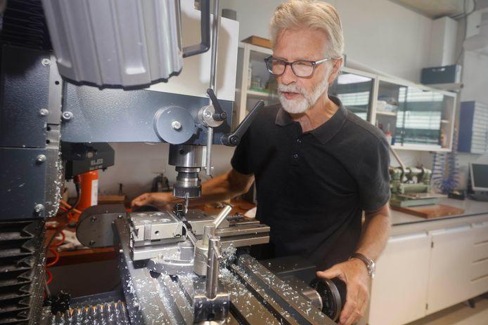 Wil Corbeek, pensionado bij faculteit Natuurkunde RUN. Nijmegen, 28-7-2021 . GV