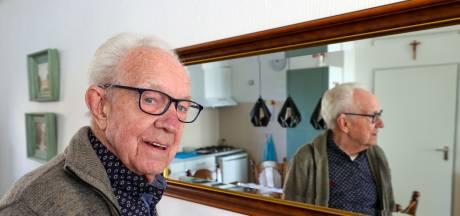 Tony van Rooij is al zeventig jaar trouw aan Marvilde Toneel