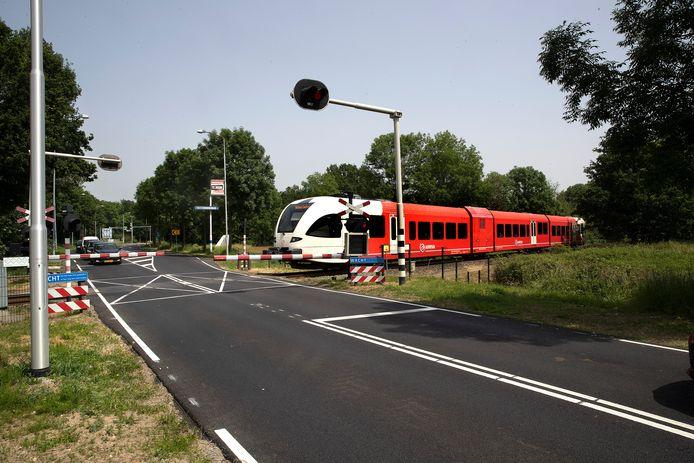 De trein die acht keer per uur over de Europaweg komt.