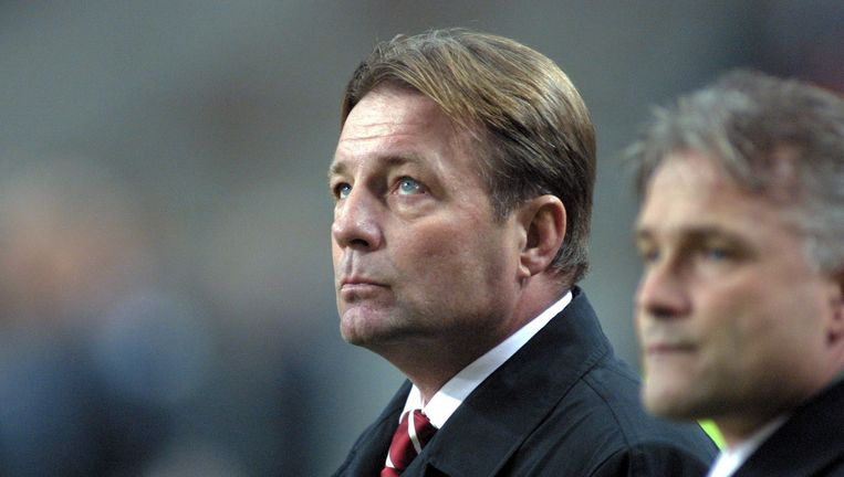 Adriaanse als coach van Ajax in 2001. Beeld Stanley Gontha