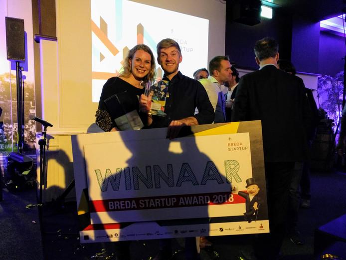 Nadja Buckenberger en Tijmen van Dijl. Oprichters van RoomRaccoon, het Bredase bedrijf dat de softwareoplossing biedt voor kleine hoteliers. RoomRaccoon heeft vanavond de Bredase Startup Award gewonnen.