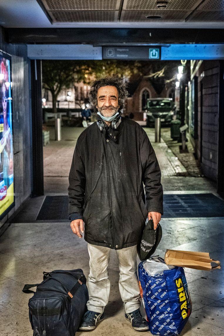 Kadim zegt dat hij dankzij zijn energetische gaven in augustus Antwerp op de Heizel aan de voetbalbeker heeft geholpen.  Beeld Tim Dirven
