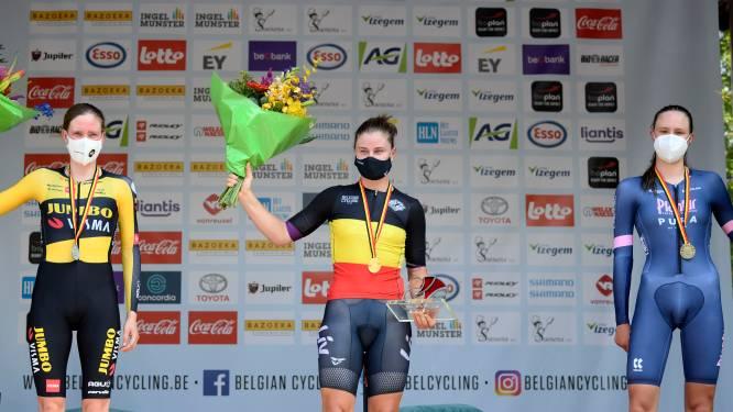 """Julie De Wilde, amper achttien, verrast met brons op BK tijdrijden voor elites: """"Ook ik ben een beetje verwonderd"""""""