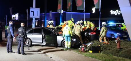 Un jeune conducteur imprudent provoque un grave accident de la route