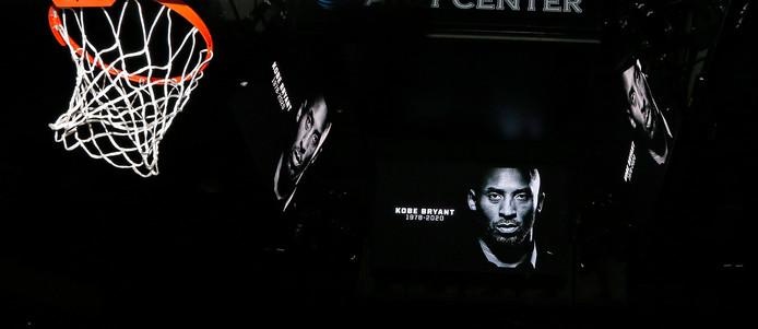Voor de start van San Antonio Spurs-Toronto Raptors werd Kobe Bryant herdacht.