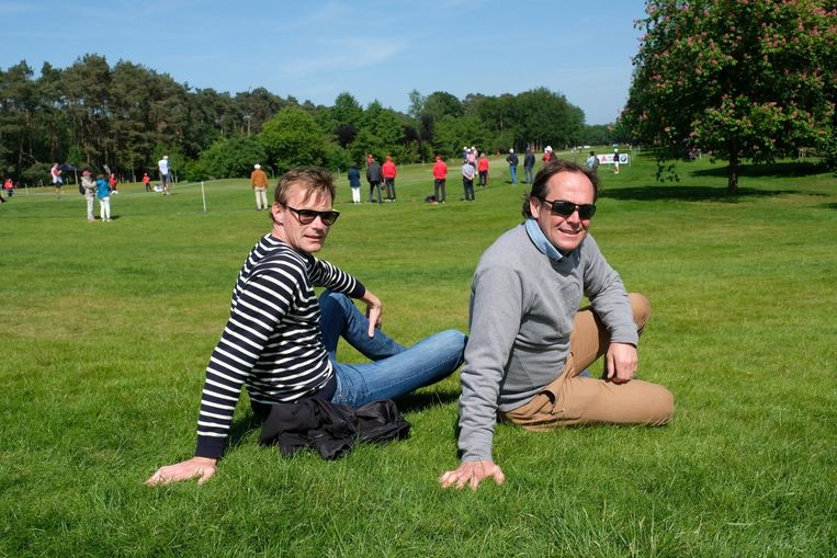 Vrienden Pascal en Hans kwamen kijken naar de Antwerpse golftrots Thomas Pieters.