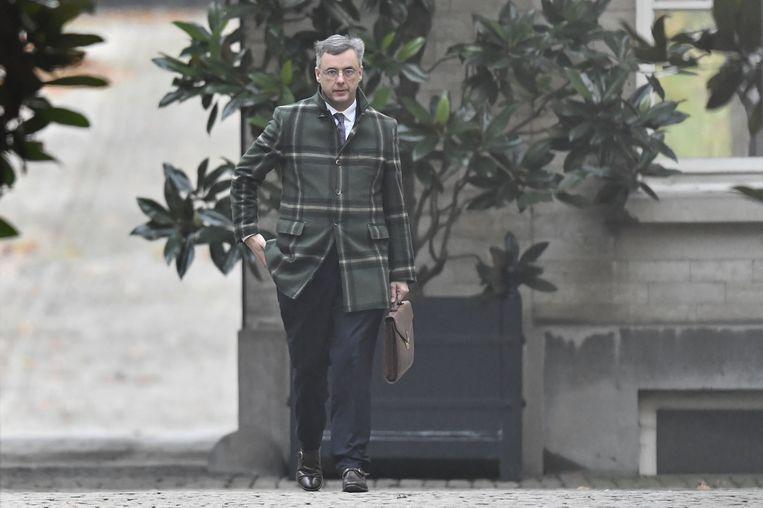 'Achter de jas moest wel een strategie zitten. Wat wilde Joachim met zijn opvallende ruitenjas zeggen?' Beeld BELGA